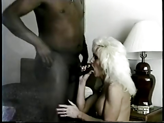 Jan the milf slut meet bbc in hotel room and
