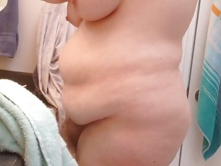 bbw wife drying her hairy pussy, big tits & hard nipples