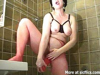 Gigantic dildo fucking extreme amateur slut
