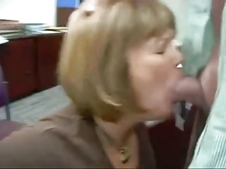 Awesome mature oral job