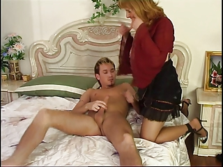 Russian mature Viola fucked by youthful guy