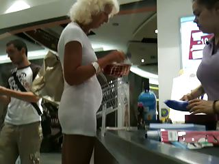 Sexiest grannie I've ever seen 2