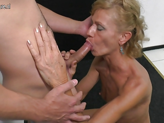 Mature mother sucking and fucking hard youthful boy