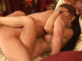 Cougar Club 2 leg wrapped missionary MILF