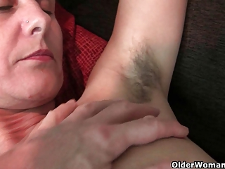 Granny with hairy and swollen pussy needs orgasm
