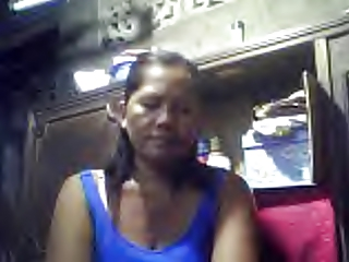 FILIPINA GRANDMA MERLEN DELA VICTORIA 53 SHOWING HER BOOBS