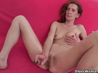 Skinny and mature homemaker masturbates with dildo