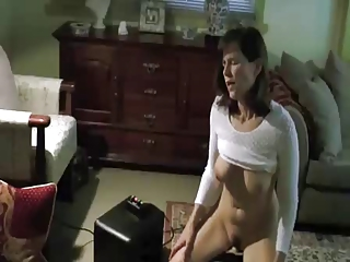 Wife rides her Sybian