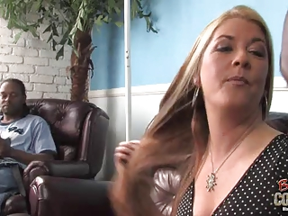 Mature mom Joclyn juicepied by 2 youthful blacks