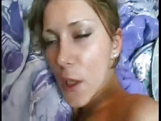 Amateur Wife Takes It In The Ass