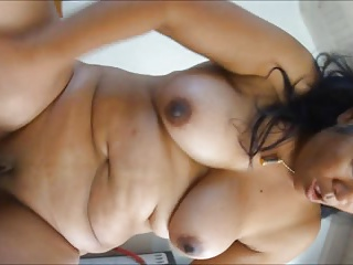 Matuer Asian intense masturbation