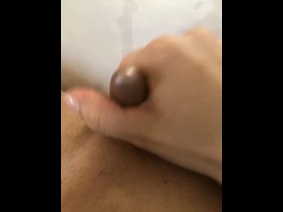 Woman masturbates with the addition of comes/squirt!