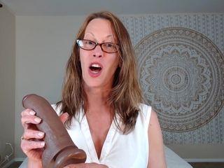 Fledgling mummy Wants Her meaty faux weenie