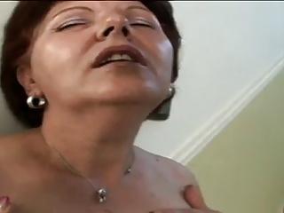 02 - Mom needs a fuck