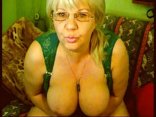 Blond Granny in a Cam