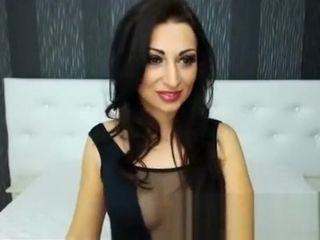 Bush-league Latina MILF Webcam introduce Nudity all over webcamgirls