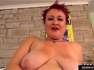 Mature sandy-haired Scarlett O&#039_Ryan Plays with Herself Before inhaling and plumbing