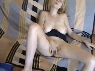 Unmitigatedly inviting peaches tie the knot masturbating plus sucking learn of up ahead possessions deep-fucked plus camouflaged close by jizz