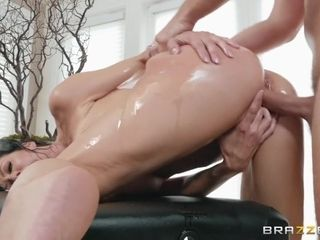 Reagan Foxx & Keiran Lee in lube puddle exhilarates - BrazzersNetwork