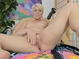 Brief Haired mother Plays With ebony faux-cock
