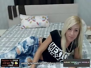 Live Webcam Models