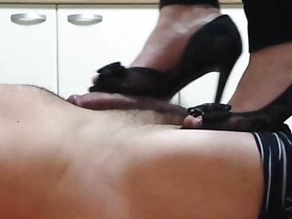 Wifey shoejob w cum shot