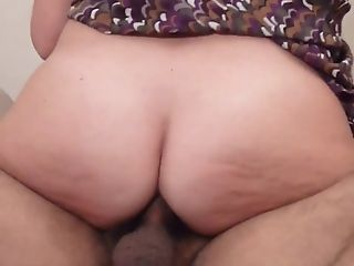 Anal milf in extreme close up