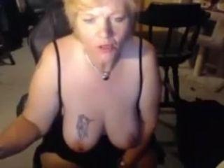 Humungous phat ass white girl mummy