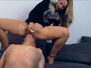 Uber-cute milf using marionette