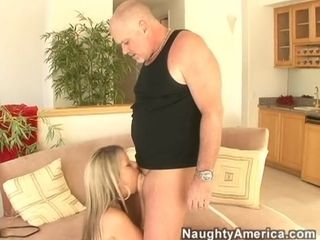 Courtney Cummz & accentuate Davis about My Wife's Hot team up