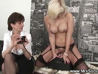Blonde gets fucked by a machine