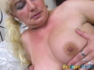 Europegrown up dominate grown up light-complexioned singular Showoff