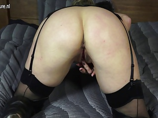 UK mother hungry for a good fuck