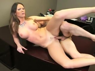 MILF Jennifer deadly rendezvous lose one's heart to