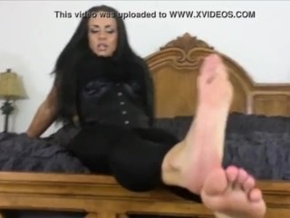 Stellar domme wants you to adore her soles