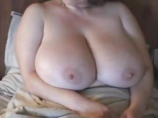 Big-titted ginger-haired cougar