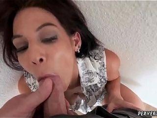 Mommy helps get patron&#039_ friend&#039_s daughter-in-law off Ryder Skye in step-mother