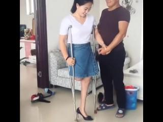 Splendid RAK Amputee wifey attempts High high-heeled slippers