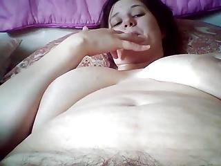 Wife eats creampie