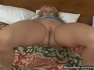 Mom double fucked and creampied