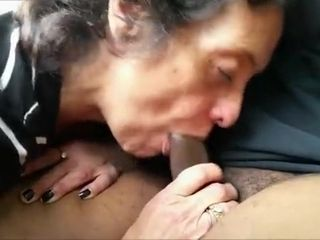 Thirsty grandmother tonguing a bbc