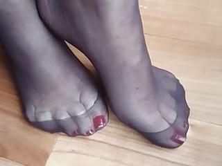 Nylon sole taunt