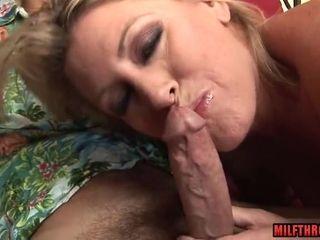 Obscene mommy gargles sinewy man-meat