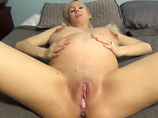 Busty pregnant wife creampie