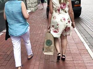 Mature phat ass white girl