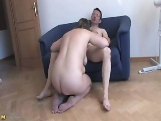 Freida in  Fooling Around In The House With A Chubby Mature  HD   From  Mature Nl   I Love Mature