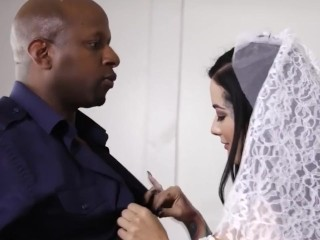 Interracial Creampie in all directions Bigass strife = 'wife' Katrina penetrate