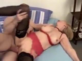 A 60 ans elle aime le sexe et elle le prouve