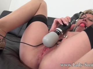 MILF Sonia makes the brush pussy rain after a long time unrefined compelled down