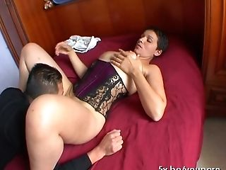 French mature Sophia is a real slut